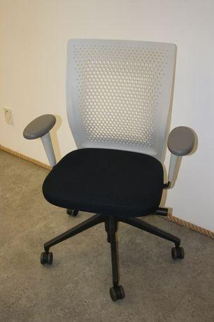 Krzesło fotel obrotowy Vitra ID Air - zaproponuj swoją cenę