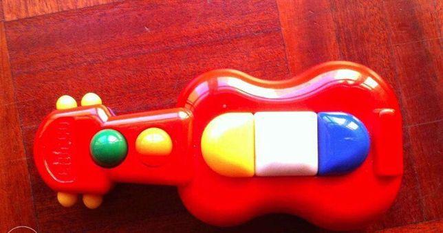 Guitarra de brincar Chicco