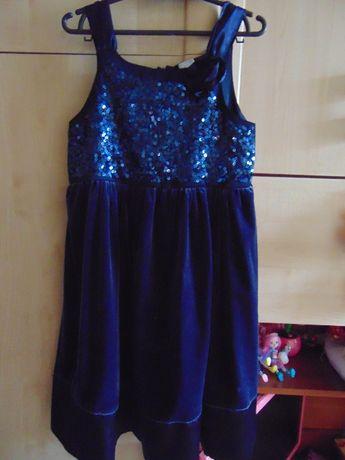 Sukienka na rozne okazje rozmiar 140