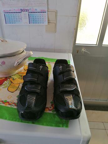 Sapatos de encaixe para btt (spd)