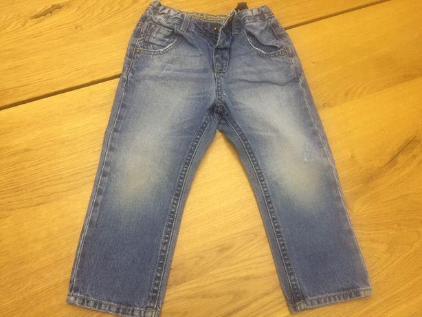 Zara spodnie 86