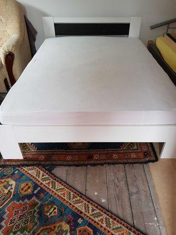 Łóżko Ikea 140x200cm z materacem