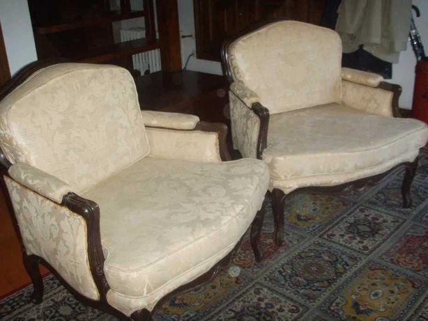 cadeiras e cadeirões