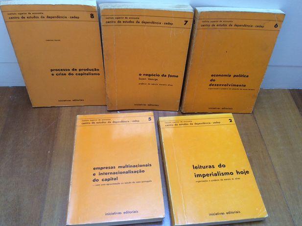 Lote de 5 livros antigos de Economia - 1977