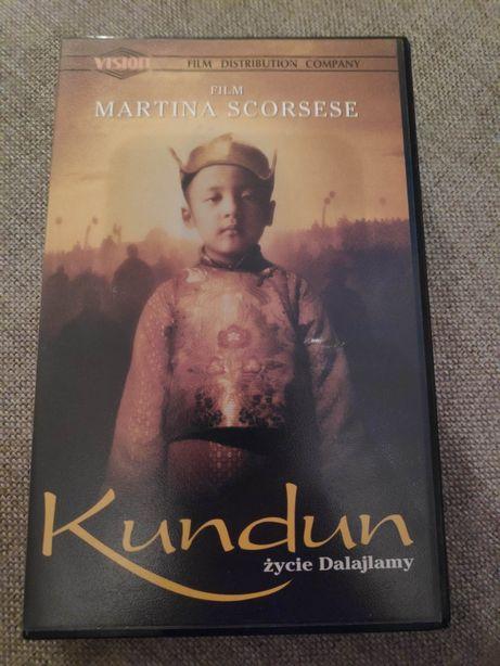 Kaseta VHS film Kundhun życie Dalajlamy