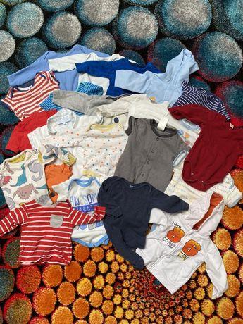 Дитячі речі 3-6 міс. Бодіки,штани,комбєзи,шапочки