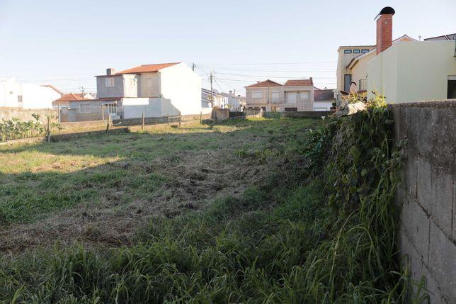 Terreno com 725m2 para construção moradia, Santa Joana a 1km do centro