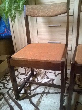 krzesła drewniane tapicerowane - 4 szt.