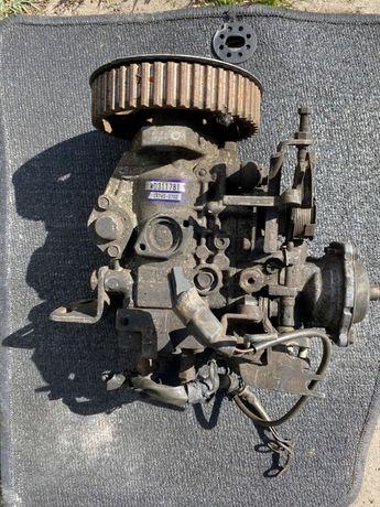 Pompa wtryskowa paliwowa MITSUBISHI L200 2.5 00-05 MD311781