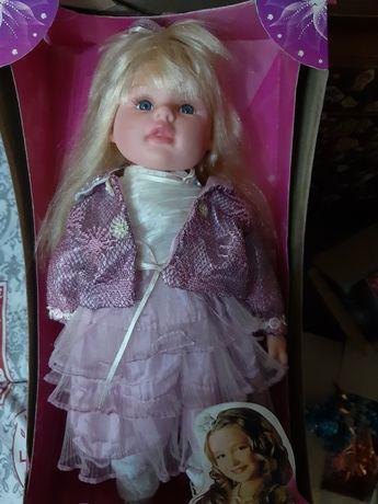 Кукла Аленка интерактивная