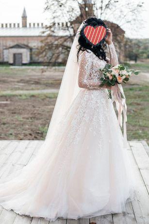 Свадебное платье Nuria от Oksana Mukha