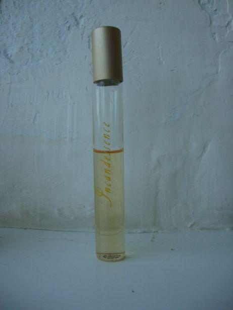 Avon incandessence масляные духи роликовые