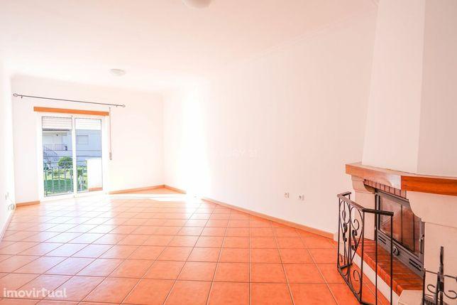 Apartamento T2 Duplex c/ garagem - Lousã