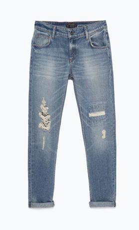 Niebieskie jeansy boyfriend z dziurami ZARA 32