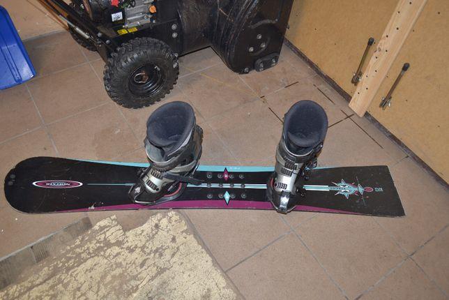 Deska snowboardowa NIDECKER z wiązaniami i butami BLAX pilnie tanio