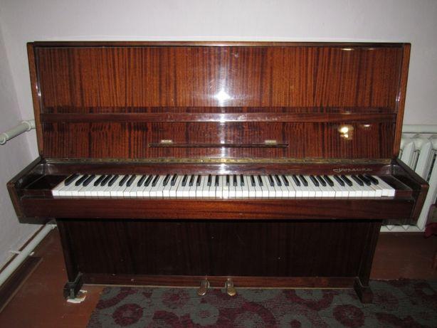 Продам фортепіано Україна коричневого кольору
