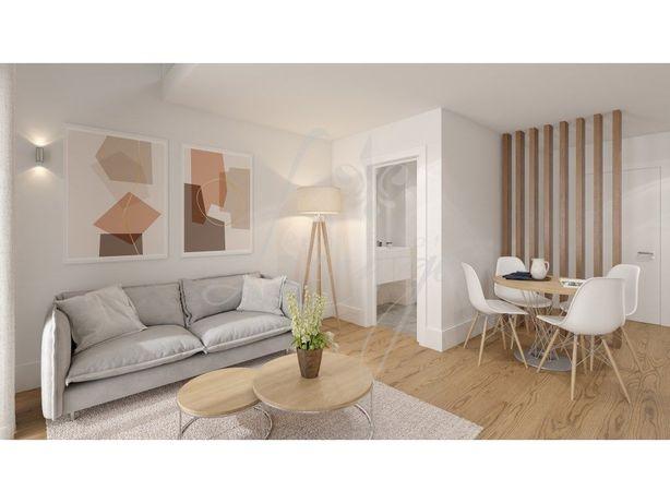 Vende-se Apartamento T0 Novo (Golden Visa) - Rio Douro - D