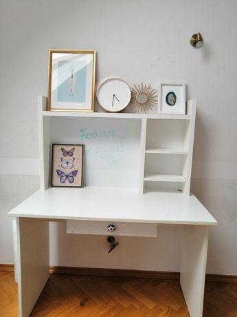 Białe biurko dzieciece z nadstawka