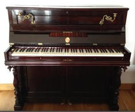 Piano Vertical Clássico (impecável)
