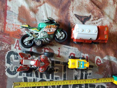 Машинки - бензовоз, мотоциклы