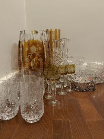 Zestaw szklanych akcesoriów do domu i kuchni
