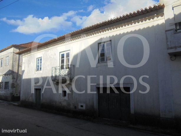 Moradia para restaurar Aguada de Baixo