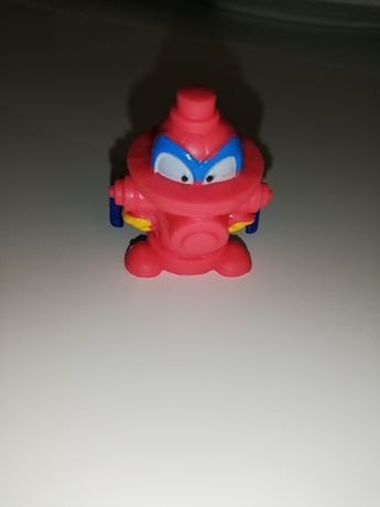 Super zings hydrant