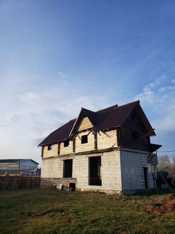 Продаю 2 поверховий дім з ділянкою на 4 сотки, 106 кв. м