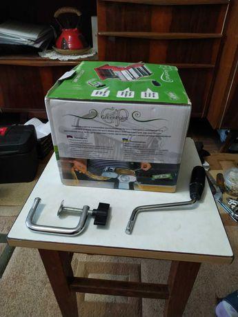 Лапшерезка для изготовления лапши