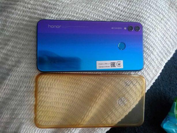 Продам или обменяю Honor 8 x
