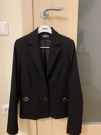 Школьная форма ( пиджак, брюки)