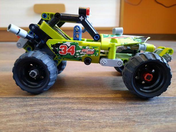 LEGO Technic 42027 Pustynna wyścigówka