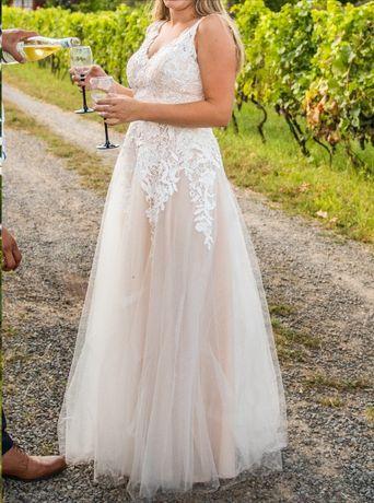 Suknia ślubna brzoskwiniowa BOHO