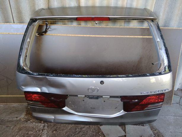 Toyota Previa  Крышка багажника