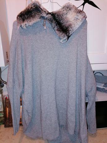 Capa /túnica, cinzenta