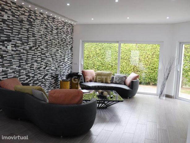 Moradia V4 com acabamentos de luxo, Vilamoura, Algarve