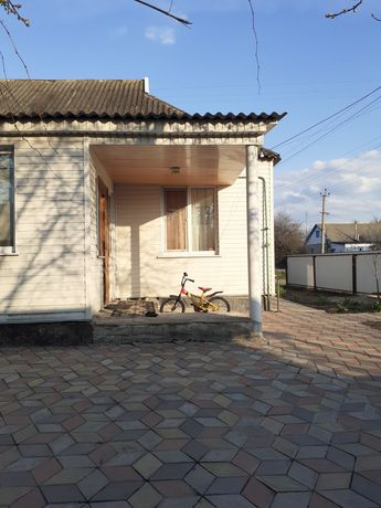 Продаж будинку в смт Диканька