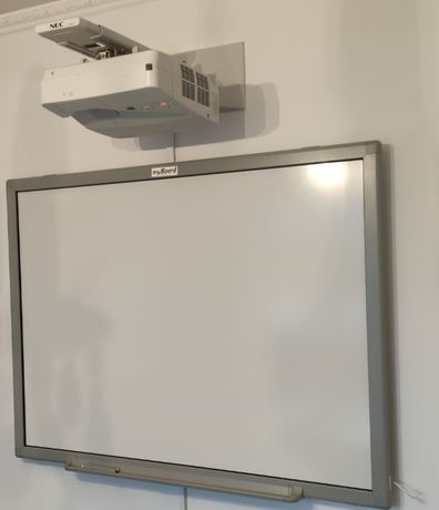 "ZESTAW! Tablica myBoard Silver 70"" + Projektor NEC UM361X – WM"