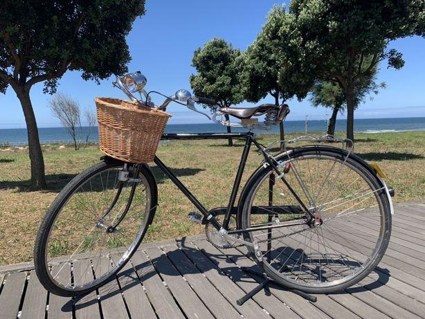 """Bicicleta Vintage Pasteleira Restaurada """"Model Luxe"""""""