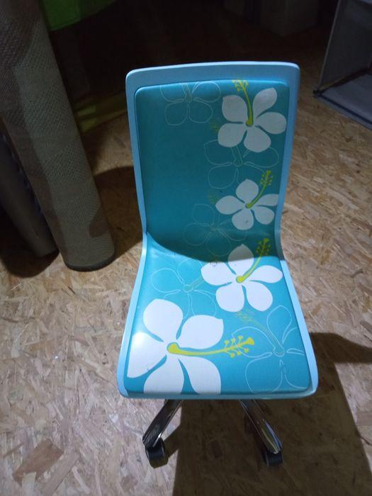 Krzesło biurkowe dla dziecka Opole - image 1