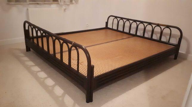 Łóżko duże 180/200, rattanowe?
