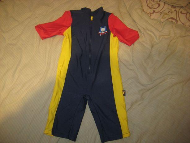Комбинезон для плавания, б/у, на возраст 4-5 лет, на 110 см