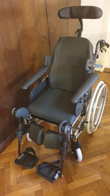 Wózek inwalidzki Invacare Rea Clematis 44cm Nowy