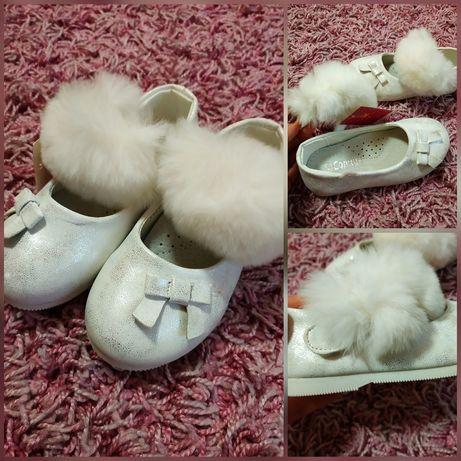Нарядные Туфли туфельки на девочку