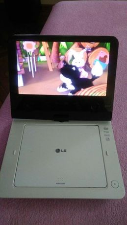 Przenośny odtwarzacz dvd LG DP481B