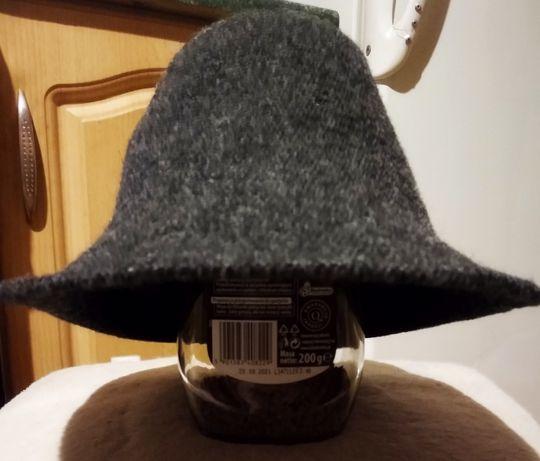 Красивая и элегантная молодежная шляпа