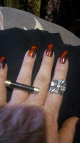 Продам кольца себро