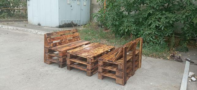 Продам комплект дачной мебели