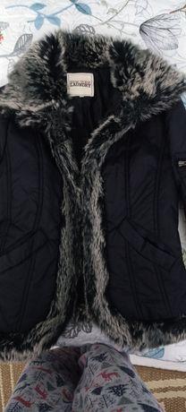 Продам куртку розмір с