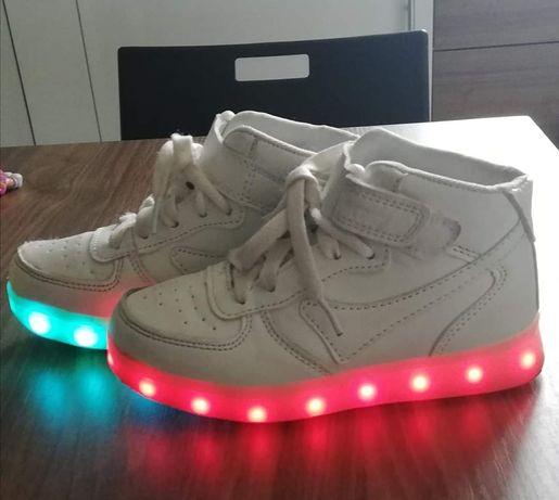 Buty sportowe dziewczęce led świecące podeszwy